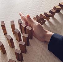 Robust Risk Management